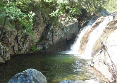 15.- Pozas y cascadas.